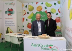 Giovanni Zaggia (sales manager per AgriCoat NatureSeal Italy) e Craig Edwards (sales executive Agricoat NatureSeal UK).