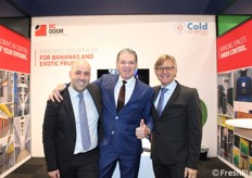Una collaborazione fieristica (e non solo) per l'olandese BG Door e l'italiana Cold Energy. In foto: Andrea Caputi (area vendite di Cold Energy), Jan van Kessel (direttore di BG Door), Massimiliano Castagna (responsabile commerciale di Cold Energy).